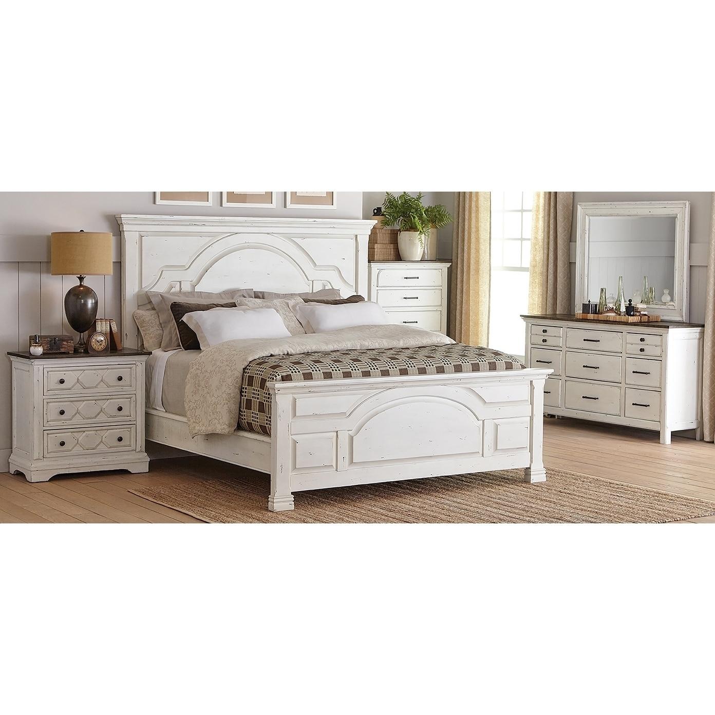 Danica Vintage White 5-piece Panel Bedroom Set with 2 Nightstands
