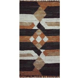 Handmade One-of-a-Kind Wool Kilim (India) - 2'6 x 4'5