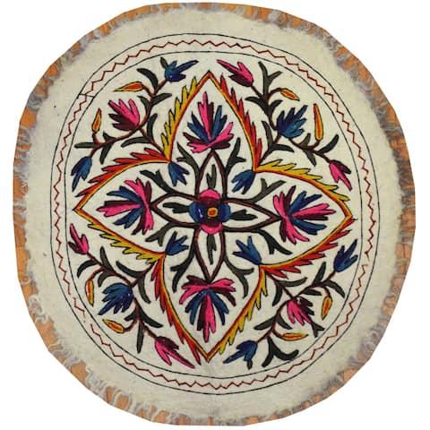 Handmade Suzani Namad (Uzbekistan) - 2'9 x 2'9