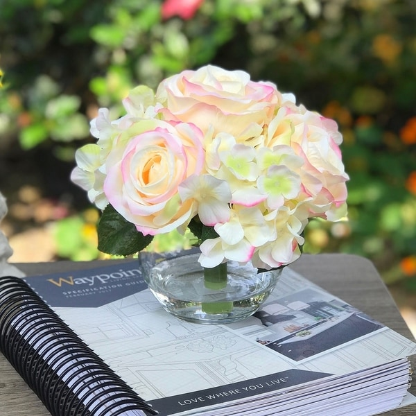 Enova Home Hydrangea and Rose Mixed Silk Flower in Clear Glass Vase For Home Decoration