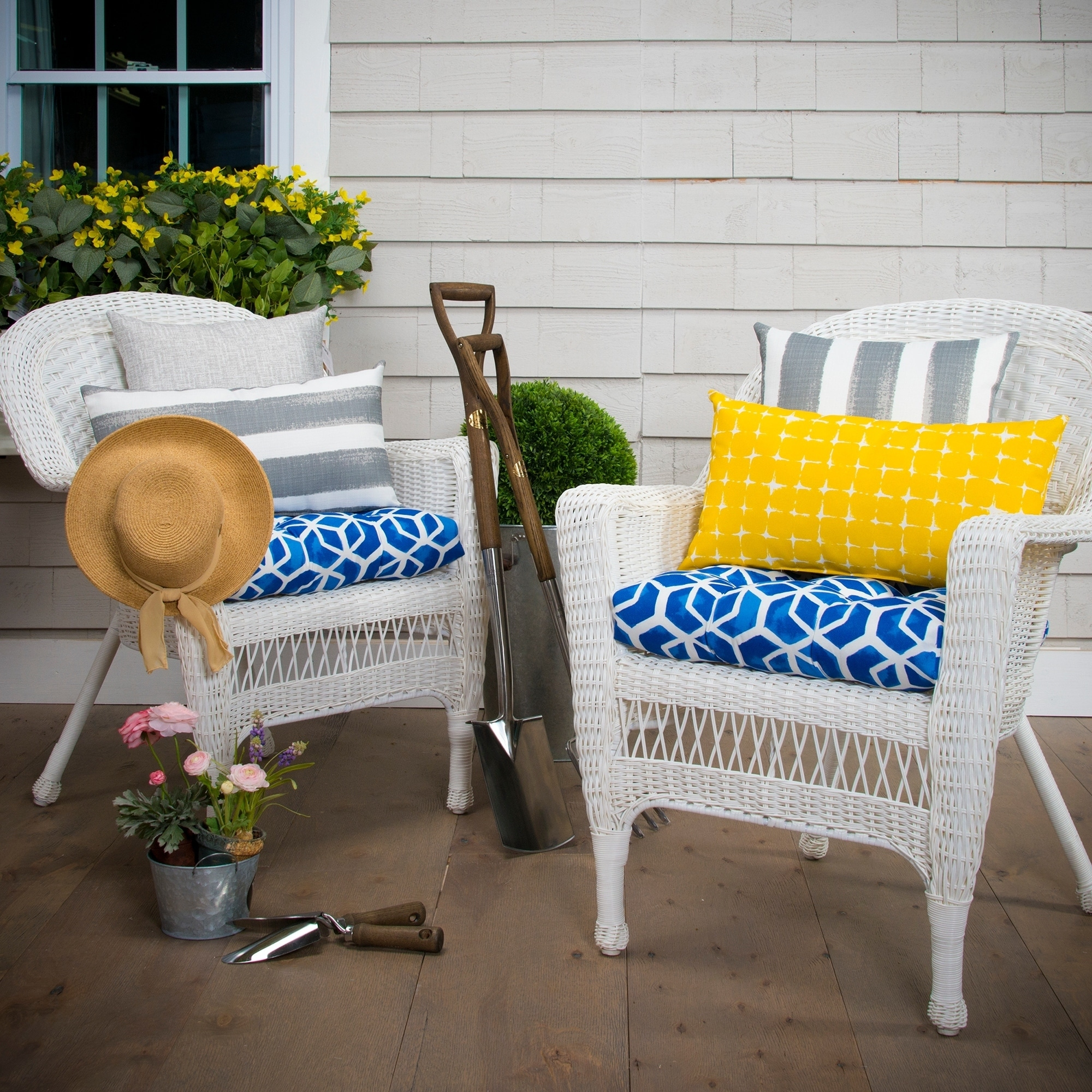 Havenside Home Glasgow Blue Geometric Reversible Tufted Wicker Chair Cushion Set Of 2