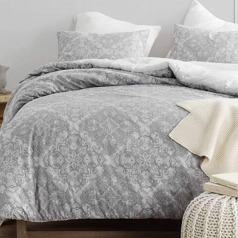 Kaleidoscope Jacquard Oversized Comforter