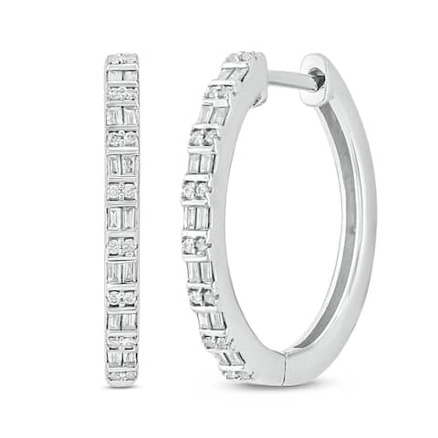 Cali Trove, 1/4 cttw Hoop Earring in 10KT White Gold.