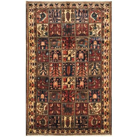 Handmade One-of-a-Kind Bakhtiari Wool Rug (Iran) - 5'6 x 8'6