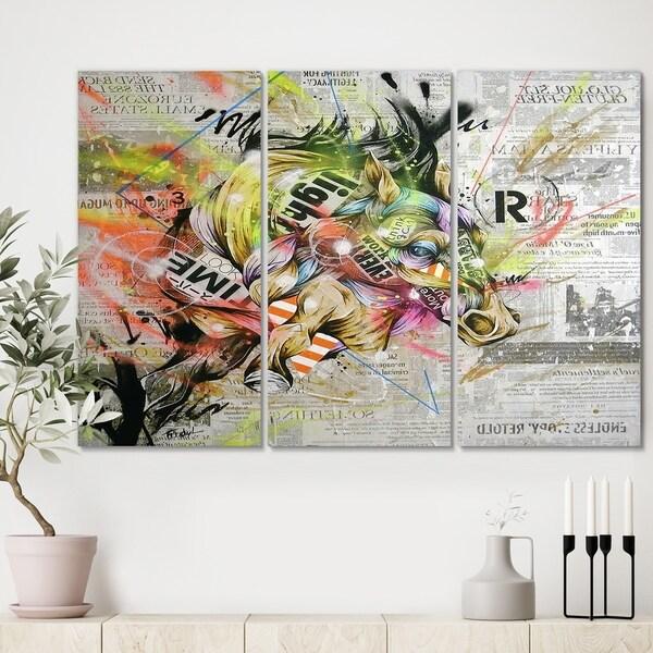 Designart 'Street Art Graffiti Horse II' Modern Canvas Art Print - 36x28 - 3 Panels