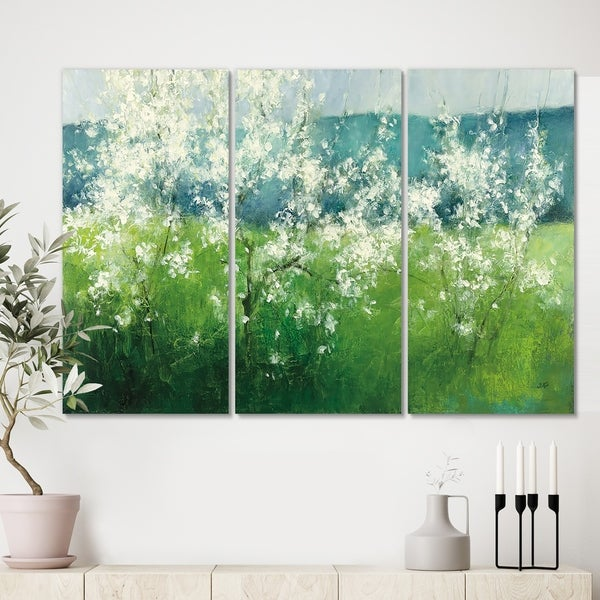 Designart 'Green Mountain Spring' Cottage Canvas Wall Art