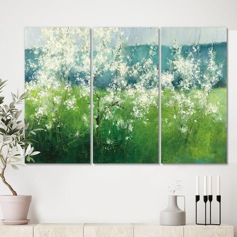 Designart 'Green Mountain Spring' Cottage Canvas Wall Art