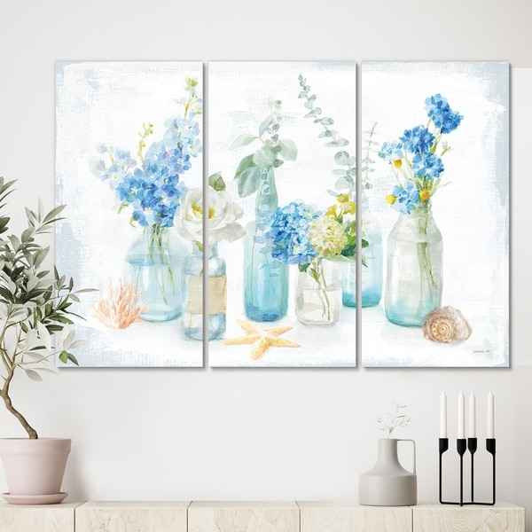 Designart 'Cottage Florals I' Farmhouse Canvas Wall Art
