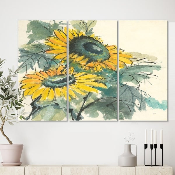 Designart 'Tradionnal Sunflower I' Cabin & Lodge Gallery-wrapped Canvas