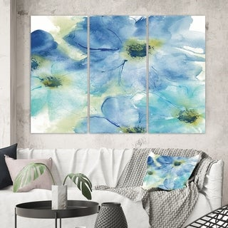 Designart 'Seashell Cosmos I' Cabin & Lodge Gallery-wrapped Canvas