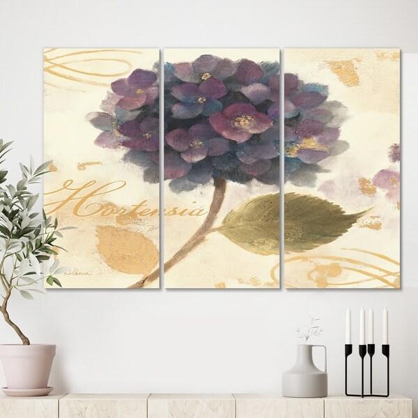 Designart 'Abundant Hydrangea Flower I' Floral Cottage Gallery-wrapped Canvas