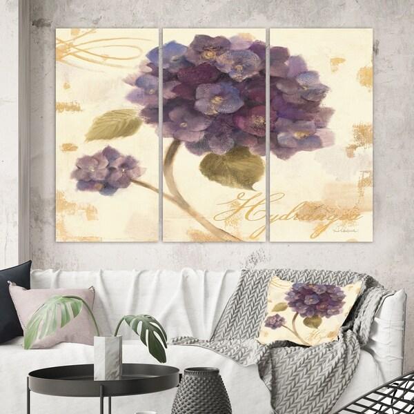 Designart 'Abundant Hydrangea Flower II' Floral Cottage Canvas Artwork