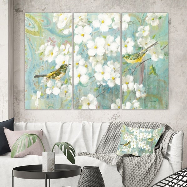 Designart 'Birds on Blossom' Traditional Gallery-wrapped Canvas