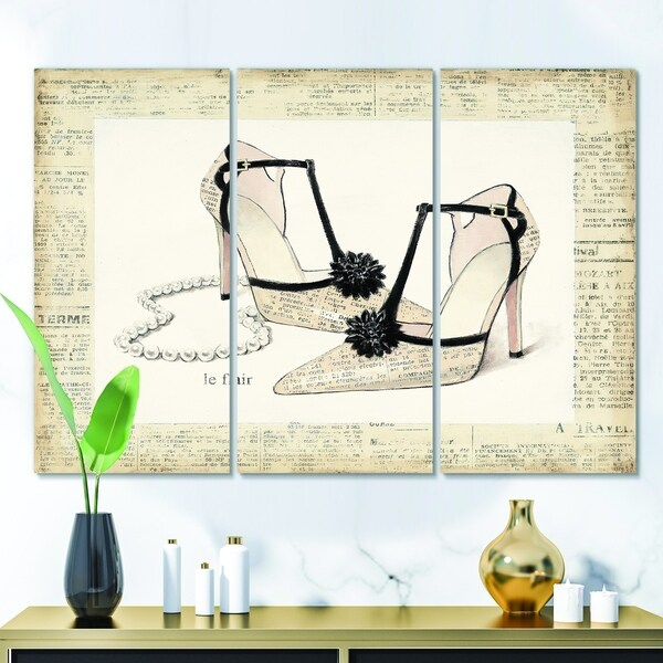 Designart 'Glamorous Black Diamond Stiletto II' Fashion Canvas Artwork