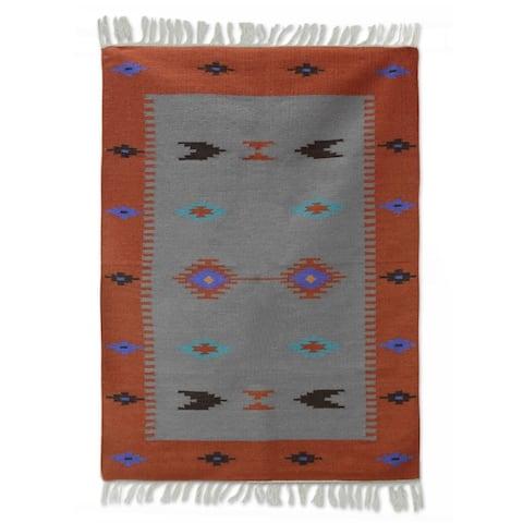 Handmade Coral Secret Wool Rug (India) - 4' x 6'