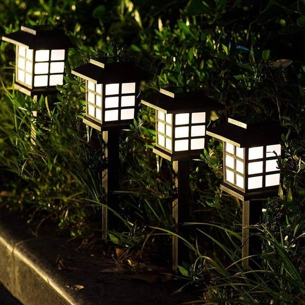 12 LED Outdoor Garden Solar Power Pathway Lights Landscape Lawn Patio Yard Lamp