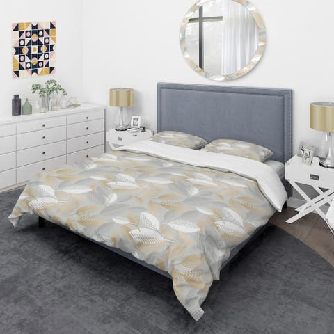 Designart 'Luxury geometric fall leaves pattern' Mid-Century Duvet Cover Set