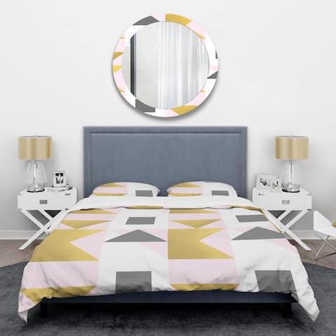 Designart 'Triangular Gold Design' Mid-Century Duvet Cover Set