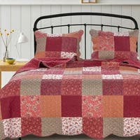 Barefoot Bungalow Country Fair Red Patchwork Pattern Quilt Set