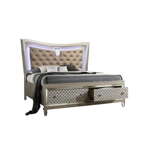 Best Quality Furniture Venetian Vanity 3-Piece Bedroom Set