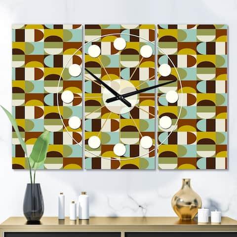 Designart 'Retro Polka Dots I' Oversized Mid-Century wall clock - 3 Panels - 36 in. wide x 28 in. high - 3 Panels