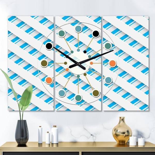 Designart '3D White and Blue Pattern VI' Oversized Mid-Century wall clock - 3 Panels - 36 in. wide x 28 in. high - 3 Panels