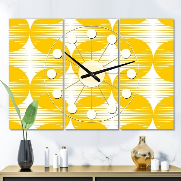 Designart 'Abstract Retro Geometric Pattern IV' Oversized Mid-Century wall clock - 3 Panels