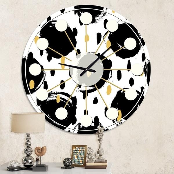 Designart 'Monochrome Geometric Pattern V' Mid-Century wall clock
