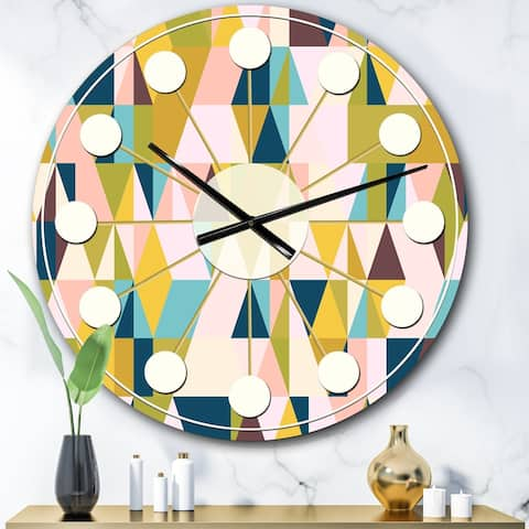 Designart 'Triangular Retro Design I' Mid-Century wall clock