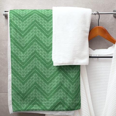 Monochromatic Hand Drawn Chevron Pattern Bath Towel - 30 x 60
