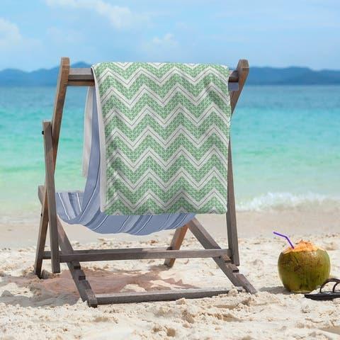 Reverse Classic Hand Drawn Chevrons Beach Towel - 36 x 72