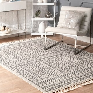 nuLOOM Tribal Geometric Trellis  Area Rug with Tassel