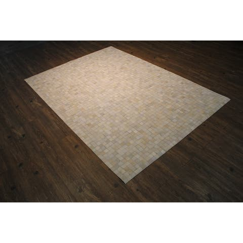 "White, Ivory, and Slate Grey Hair-on-hide Stitch-visible Patchwork-pattern Rug White rugs for sale - 7'6"" x 9'6""/Big"