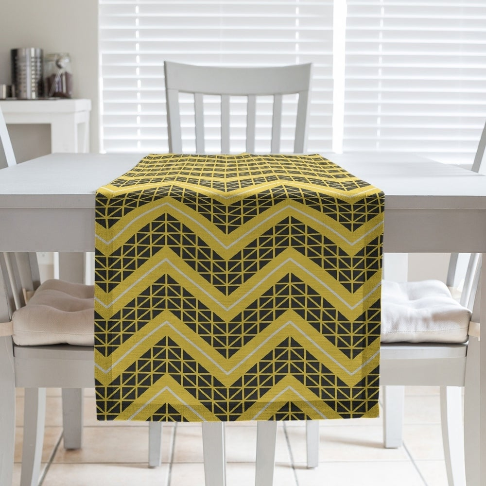 Shop Reverse Color Accent Hand Drawn Chevrons Table Runner - Overstock - 28528120