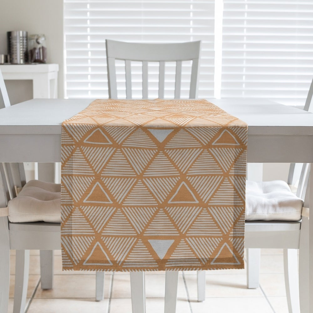 Shop Classic Hand Drawn Triangles Table Runner - Overstock - 28528147