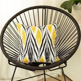 Carson Carrington Geometric Yellow Ikat 18-inch Printed Throw Pillow Cover