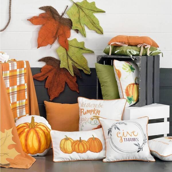 Shop Thanksgiving Lumbar Pumpkins Decorative Throw Pillow