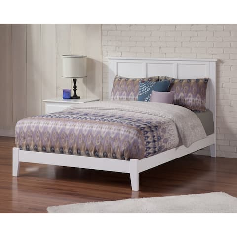 Madison Queen Traditional Bed in White