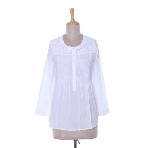 Handmade Classic Snowy White Cotton Blouse (Indonesia)