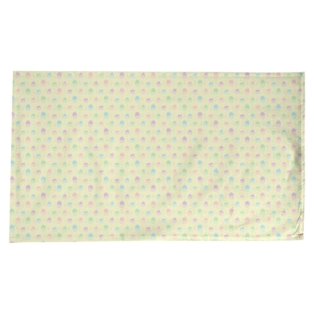 Shop Classic Cupcake Pattern Rectangle Tablecloth - 58 x 102 - 28555704
