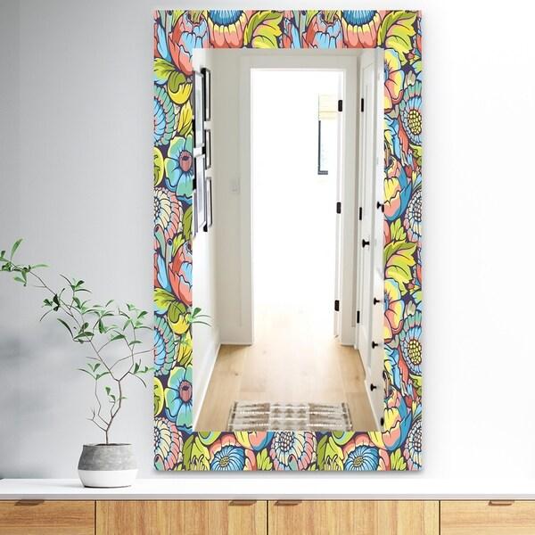 Designart 'Pink Blossom 10' Traditional Mirror - Wall Mirror - Pink