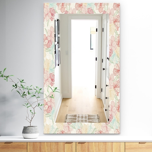 Designart 'Pink Blossom 16' Traditional Mirror - Wall Mirror - Red