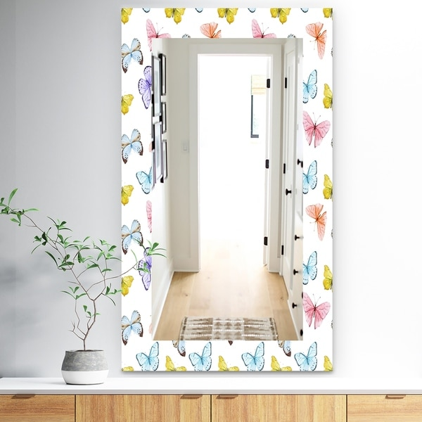 Designart 'Butterfly 1' Traditional Mirror - Wall Mirror - White