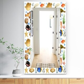 Designart 'Costal Creatures 12' Traditional Mirror - Wall Mirror - White