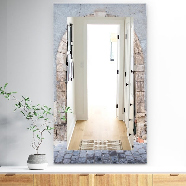 Designart 'Stone Door' Traditional Mirror - Wall Mirror - Green