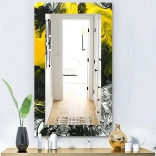Designart 'Marbled Yellow 4' Modern Mirror - Vanity Mirror - Gold