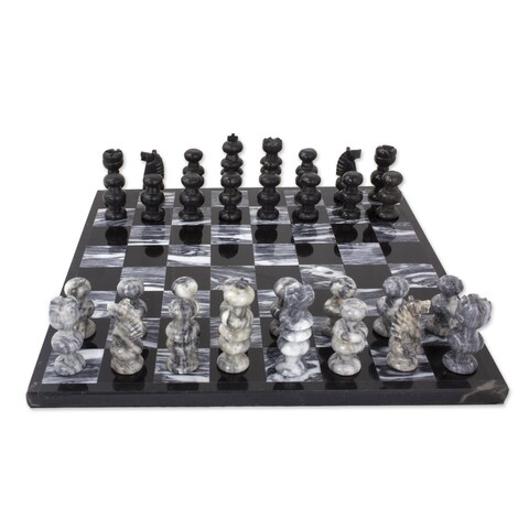 Handmade 'Check in Gray' Onyx and Marble Chess Set (Mexico) - Black/White - N/A