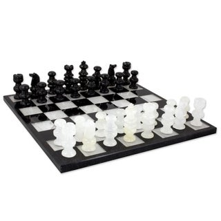Classic Handmade Onyx/ Marble Decorative Chess Set (Mexico)