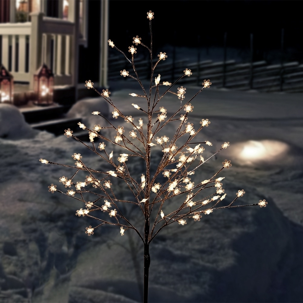 Alpine Corporation Frosty Christmas Snowflake Tree With Cool White Led Lights