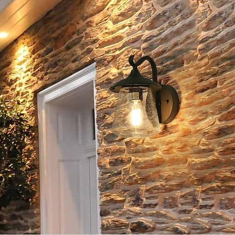 Island Bay 1-light Traditional Outdoor Wall Porch Light by Havenside Home